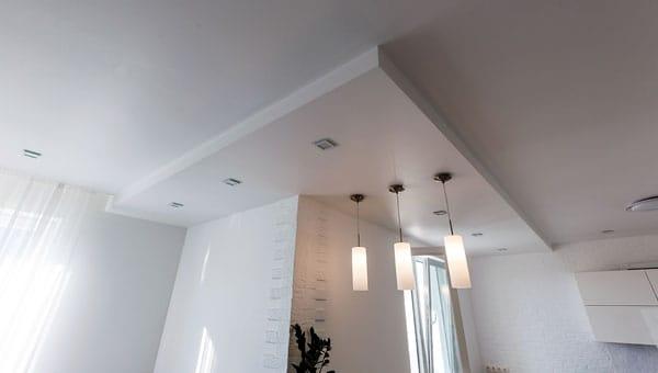 plafond sauzen of spuiten amsterdam